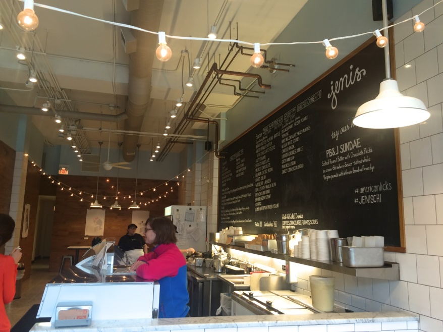 Jeni's Splendid Ice Creams, 3404 N Southport Ave, Chicago, IL