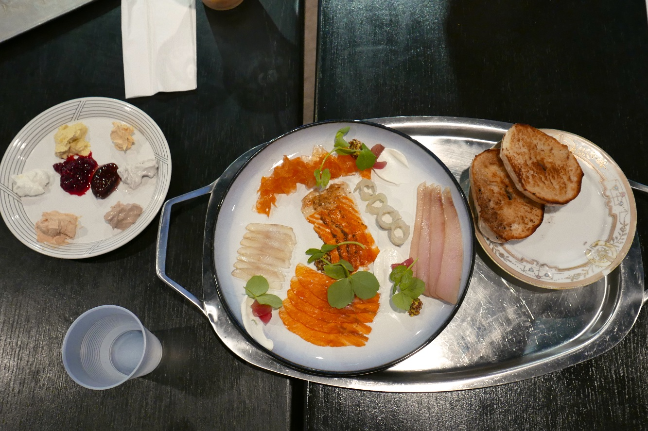 Cured Fish Tasting, Plain Bagel, Schmears