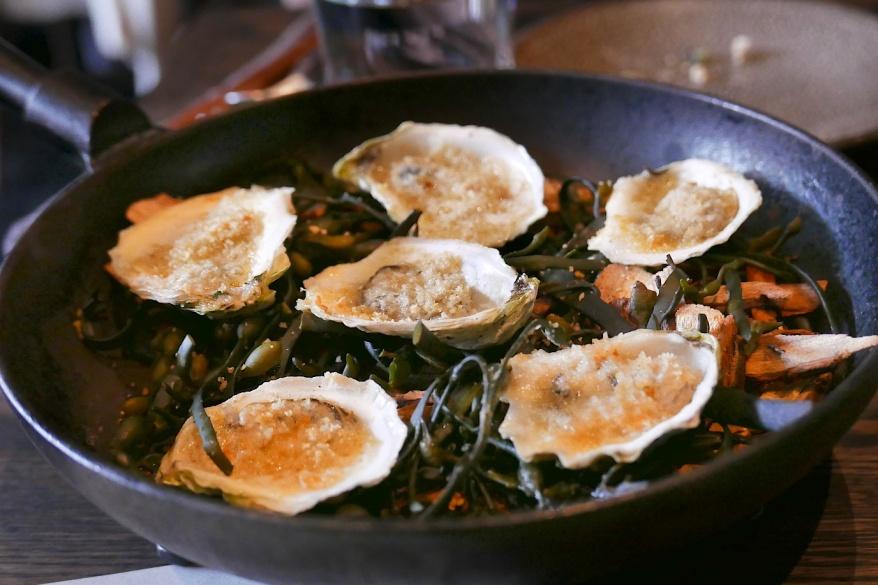 Oysters, seaweed smoked, preserved galangal, horseradish