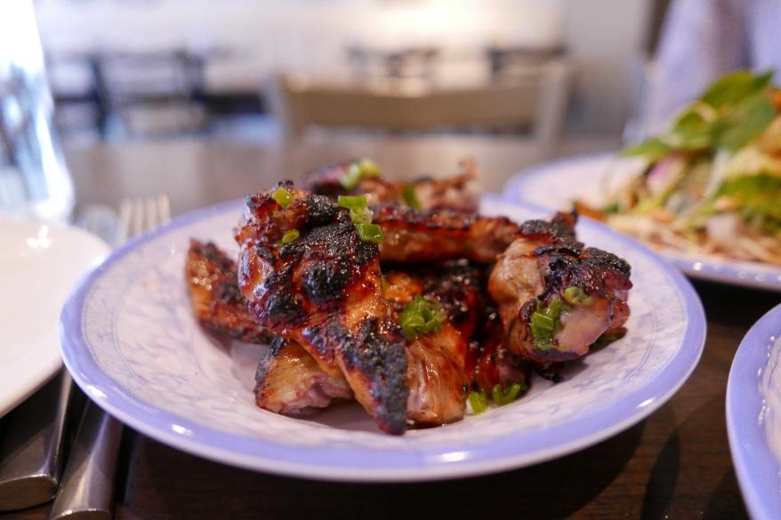 Cánh Gà Nướng Ớt. Grilled Chicken wings with chili
