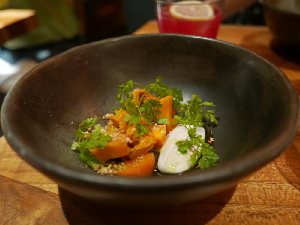 Carrot, uni, walnut