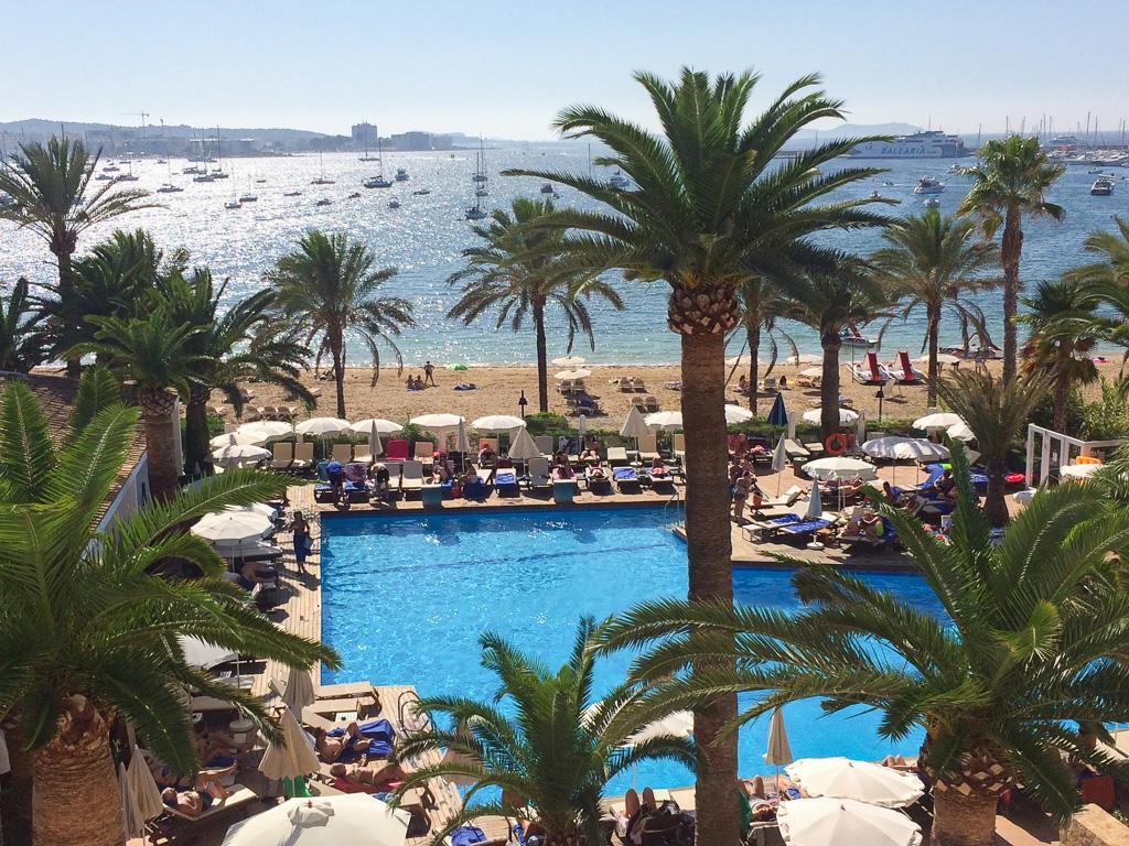 Pool at Palladium Hotel Palmyra