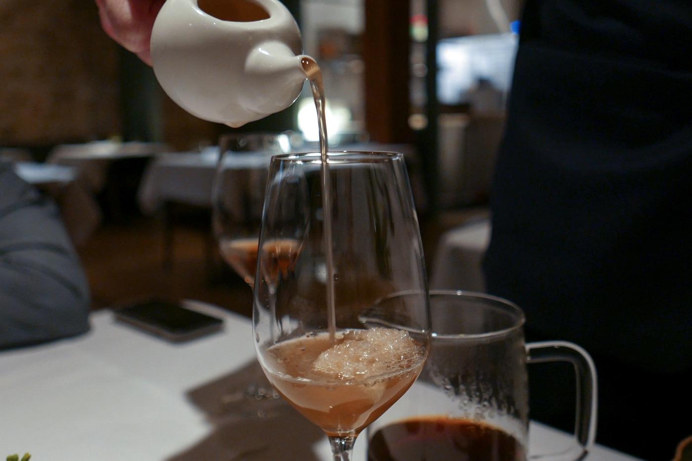 FLORAL sakura blossom tea, cacao juice, dried manuka honey